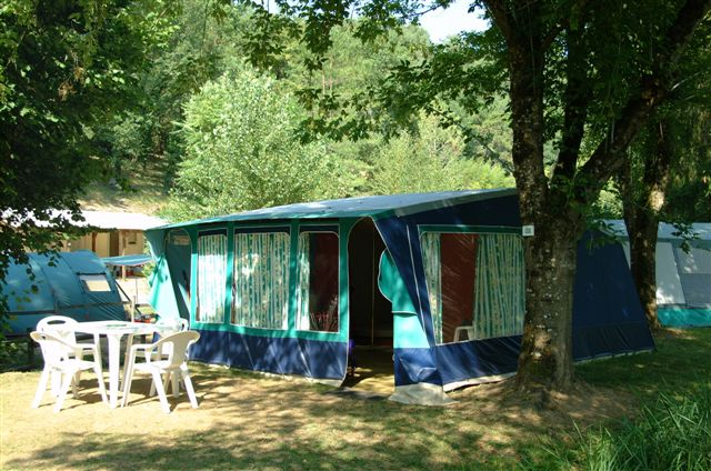 Camping Beds For Tents >> Equipped Tents Camping Champs Fleuris Duingt Lac Annecy